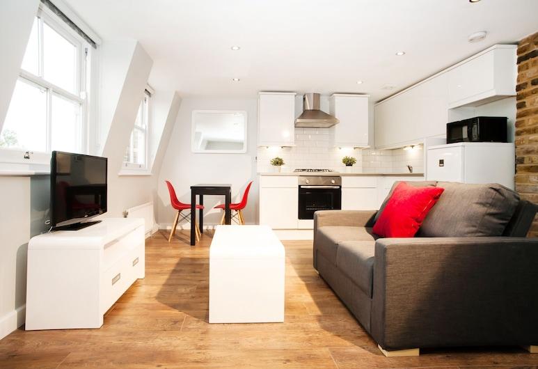 Lamington Apartments, London