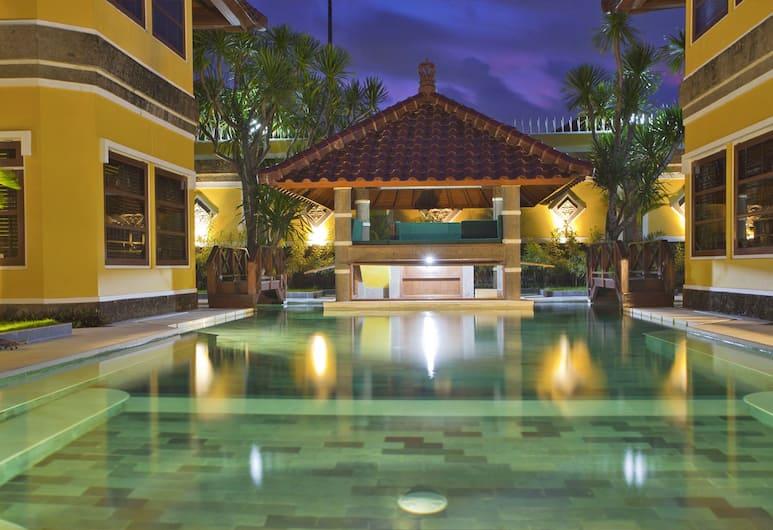 Apel Villa Sanur, Denpasar, Kolam Renang Luar Ruangan