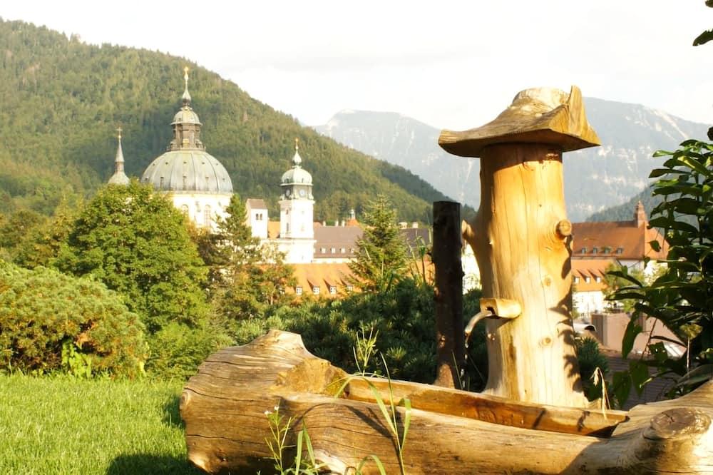 Dvojlôžková izba typu Comfort pre 1 osobu, výhľad do údolia (Waldblick) - Výhľad na záhradu