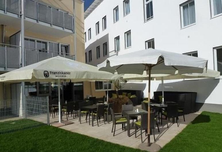 Hotel und Café Paso, Vierkirchen, Restoranas