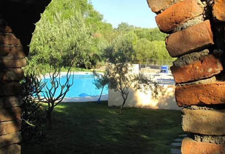 Jaddhu Country Resort, Arzachena, Garden