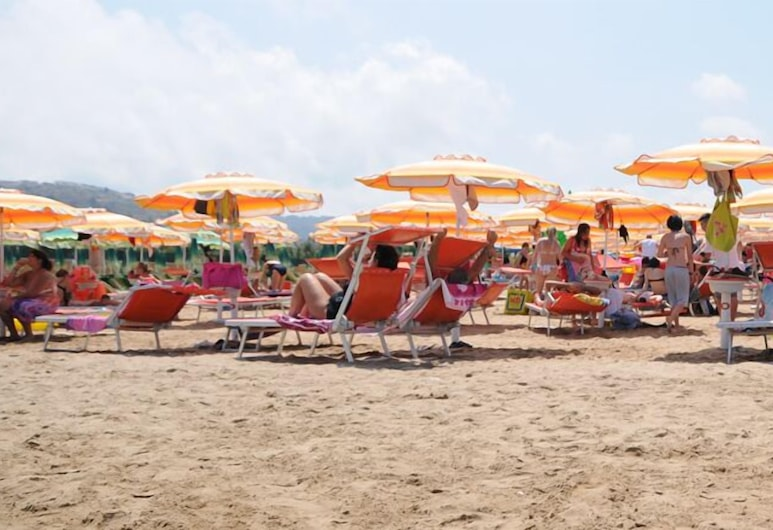 Park Hotel Valle Clavia, Peschici, Beach