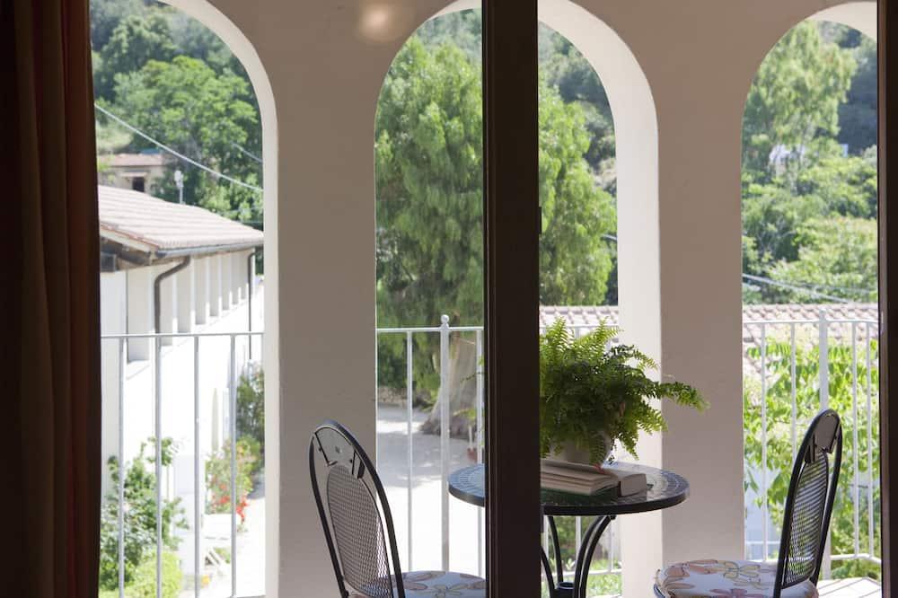 Dvivietis kambarys, vaizdas į slėnį - Vaizdas iš balkono