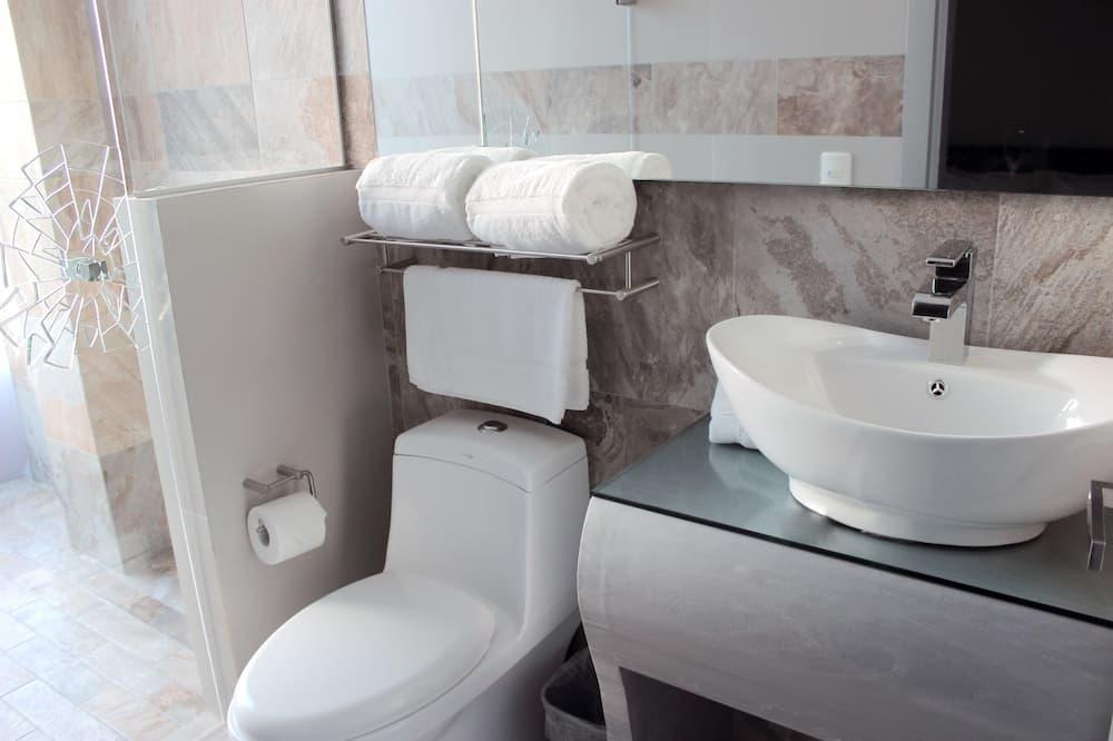 Executive-værelse - 1 kingsize-seng - Badeværelse