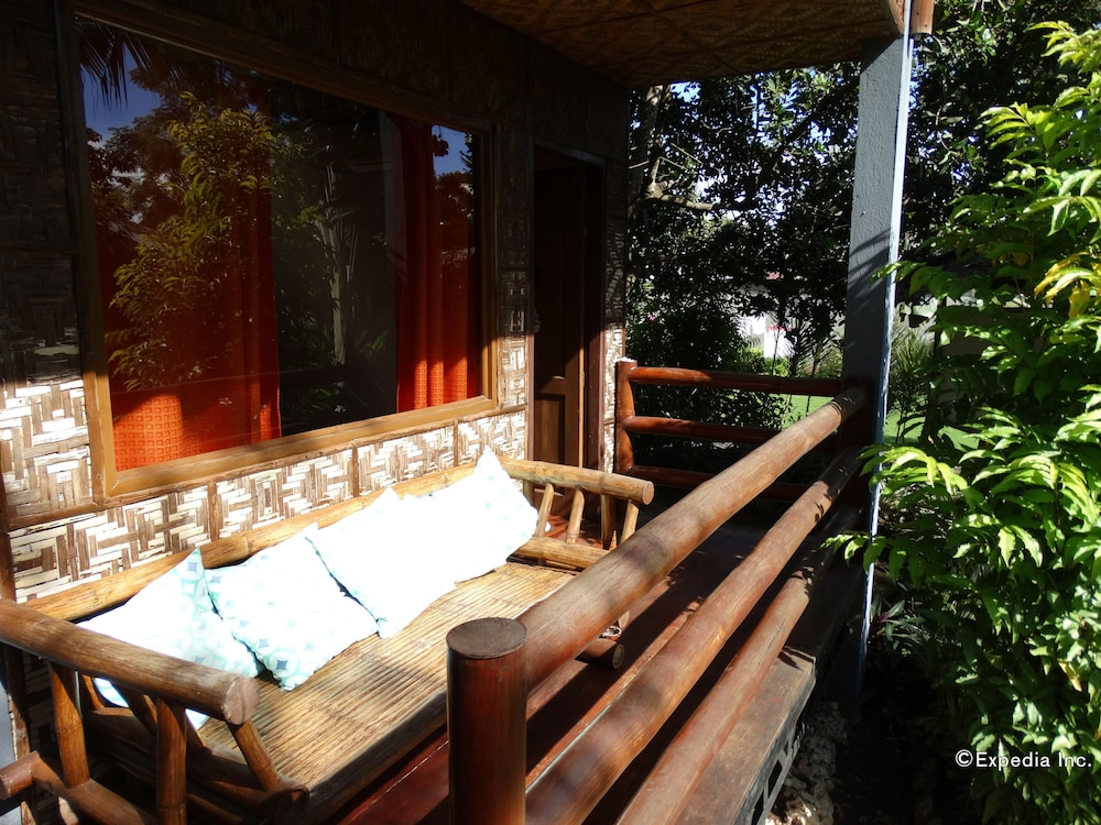 Book Chill-out Guesthouse in Panglao | Hotels.com