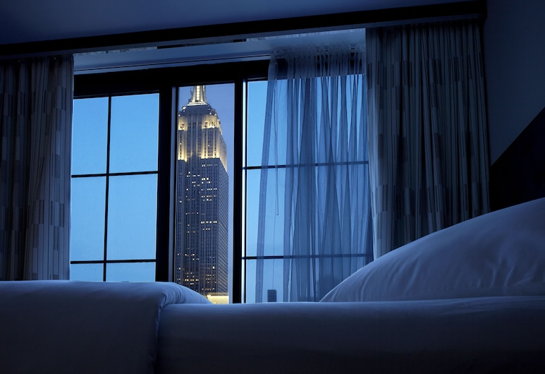 Archer Hotel New York, New York, Kamar (Double Double Empire View), Pemandangan Kamar Tamu