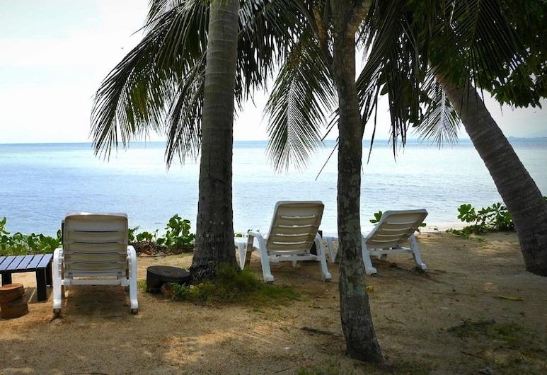 馬尼塔渡假村, 蘇梅島, 海灘