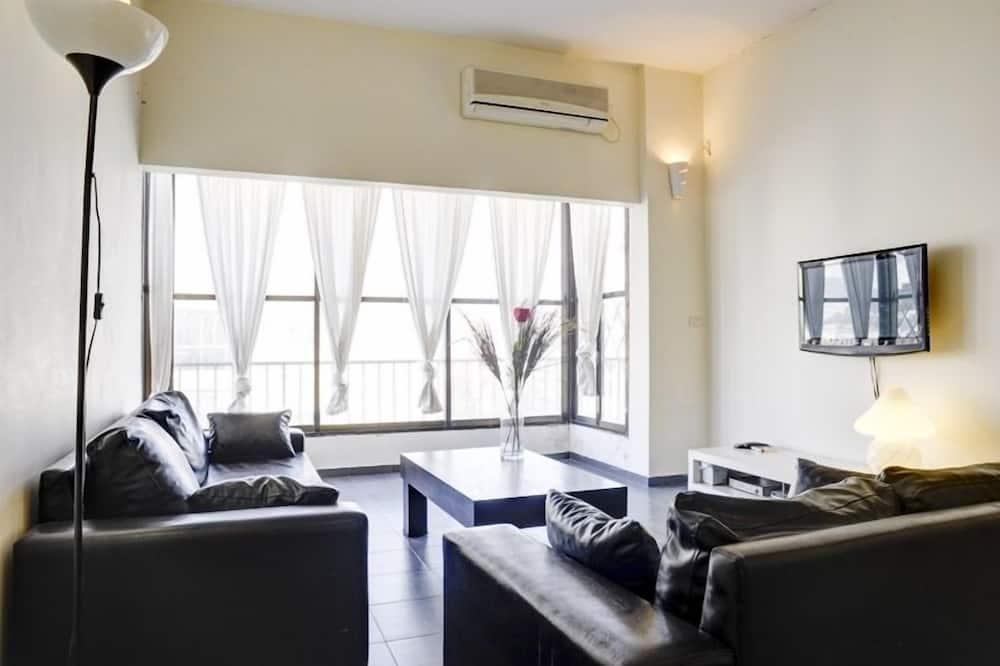 Apartment, 2 Bedrooms (183 Hayarkon st. 3rd floor no lift) - Living Area
