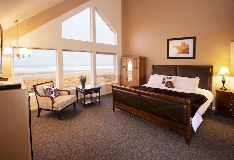 Seaside Oceanfront Inn, Seaside, 1 King or 1 Queen Bed Suite Oceanfront - Not Pet Friendly, Guest Room View