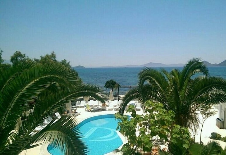 Dragut Point North Hotel, Bodrum, Pool