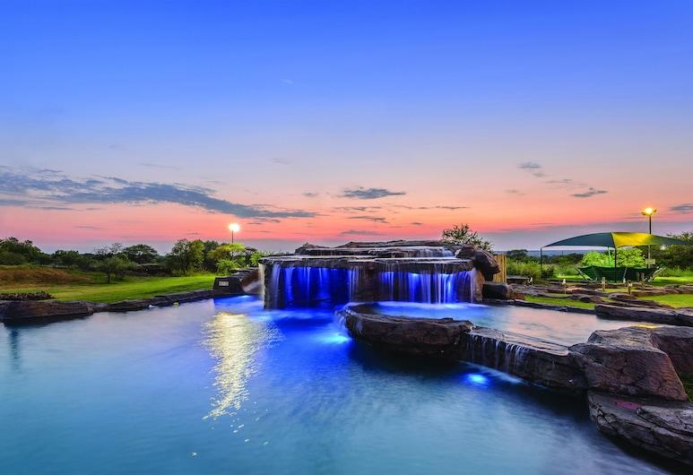 The Kingdom Resort, Moses Kotane