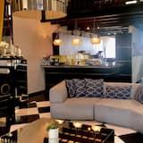 ลักซ์ชัวรี่เพนท์เฮาส์, 3 ห้องนอน, ห้องครัว, วิวทะเล - ห้องนั่งเล่น
