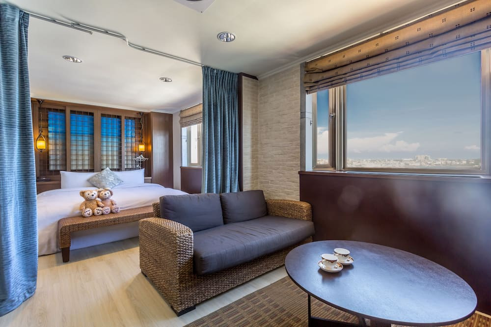 Signature Double Room, Tower - Relax and Refresh Bundle, Scooter + Breakfast - Guest Room
