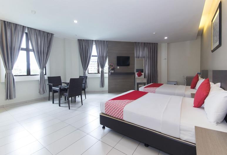 Hotel Suria Malaqa, Malacca City, חדר סופריור לארבעה, 2 מיטות קווין, ללא עישון, נוף לעיר, חדר אורחים