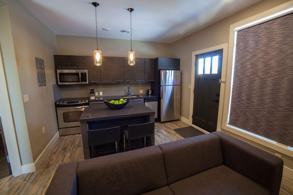 Standard-Apartment, 1King-Bett und Schlafsofa, Küche (1) - Wohnzimmer