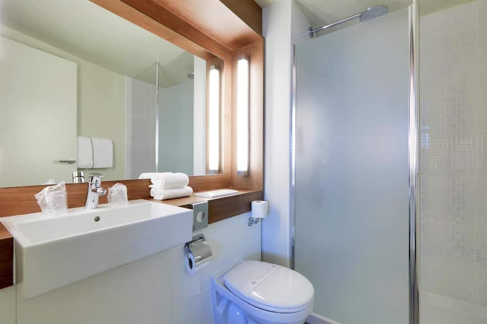 Quarto Next Generation, Quarto Standard, várias camas - Casa de banho
