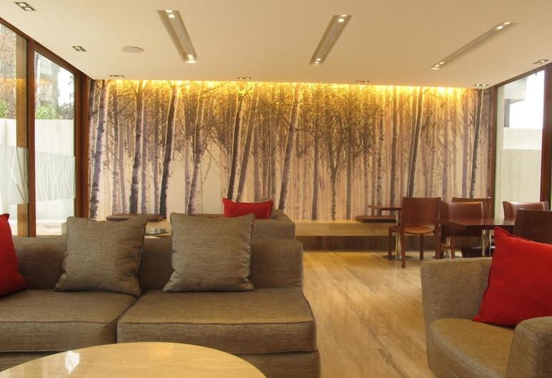 Time Select, Santiago, Siddeområde i lobby