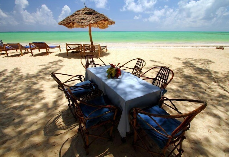 恩達姆海灘小屋, 帕杰, 室外用餐