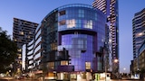 Choose This Business Hotel in Docklands -  - Online Room Reservations