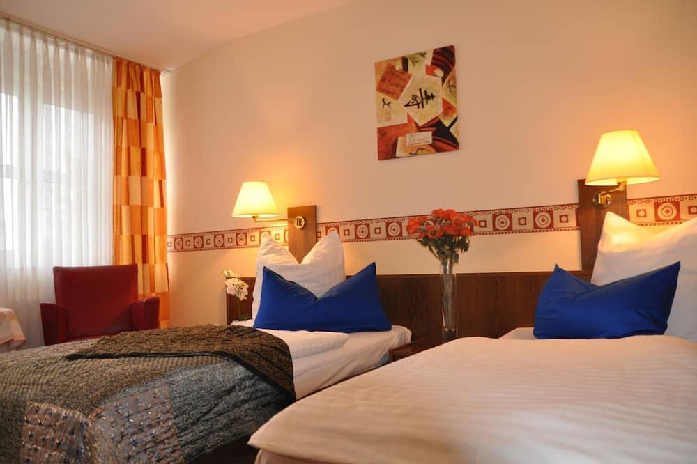Hotel 4 Hufen, Schoenefeld