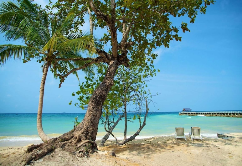 Tunamaya Beach & Spa Resort, Tioman Island, Beach