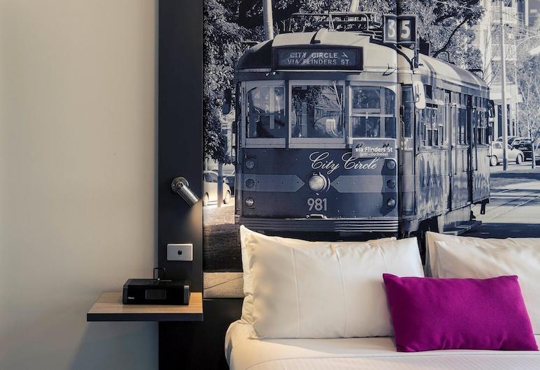 Mercure Melbourne Therry Street, Melbourne, Studio, 1 Queen Bed, Guest Room