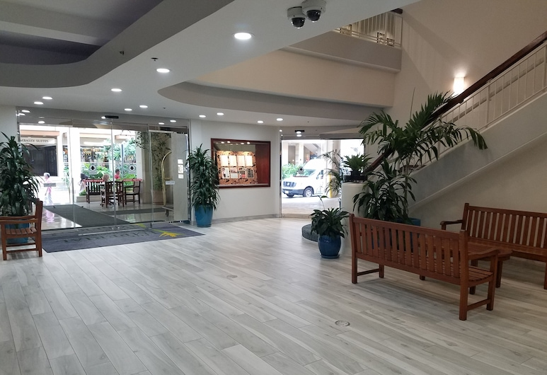 The Imperial Hawaii Resort at Waikiki, Honolulu, Interior Entrance