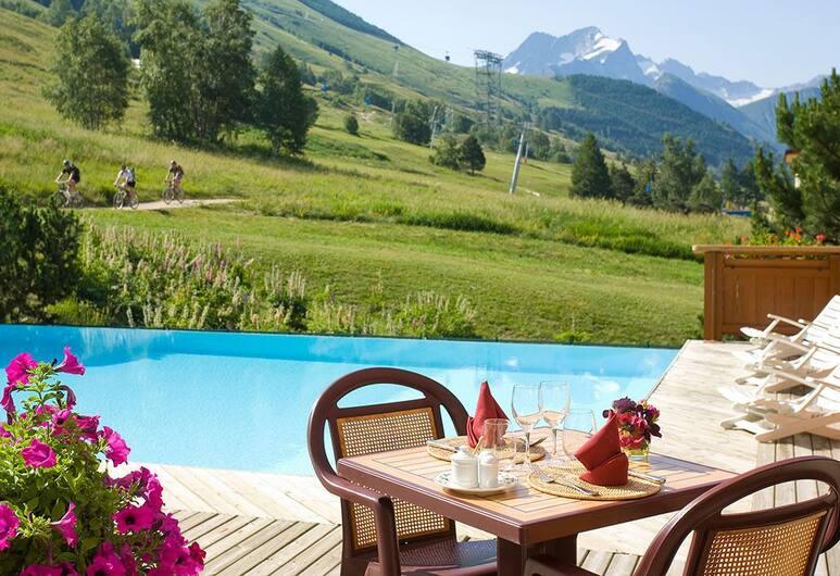 Hôtel Le Souleil'Or, Les Deux Alpes, Outdoor Pool
