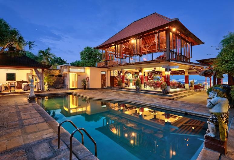 Respati Beach Hotel, Denpasar, Bazén