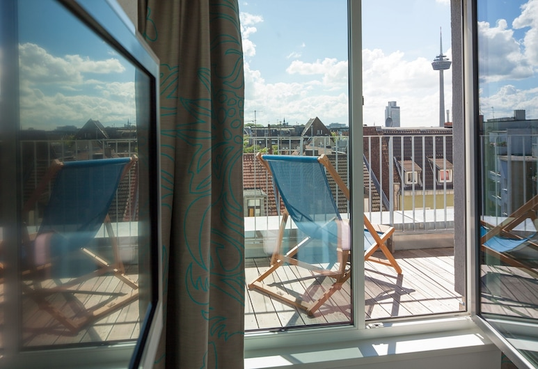 Motel One Köln-Mediapark, Cologne, Room, 1 Double Bed, Balcony, Guest Room