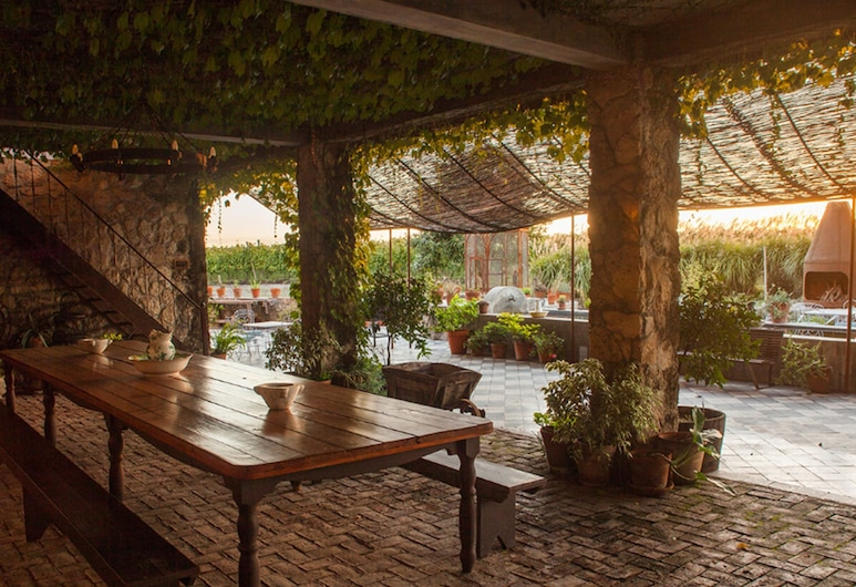 Narbona Wine Lodge, Carmelo, Outdoor Dining