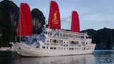 Choose This Romantic Hotel in Halong -  - Online Room Reservations