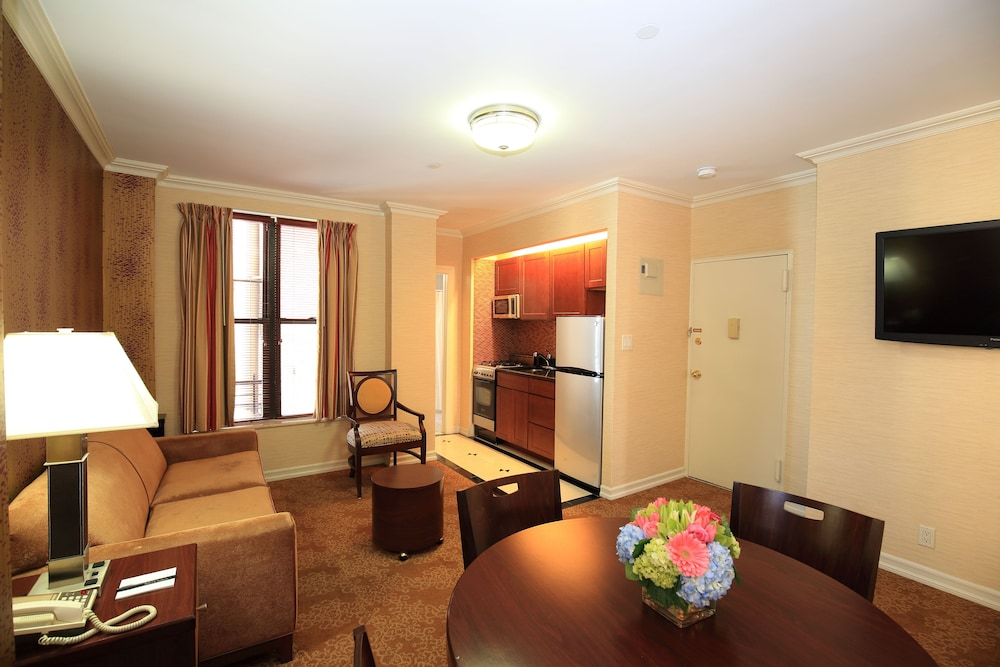 book radio city apartments in new york hotels com