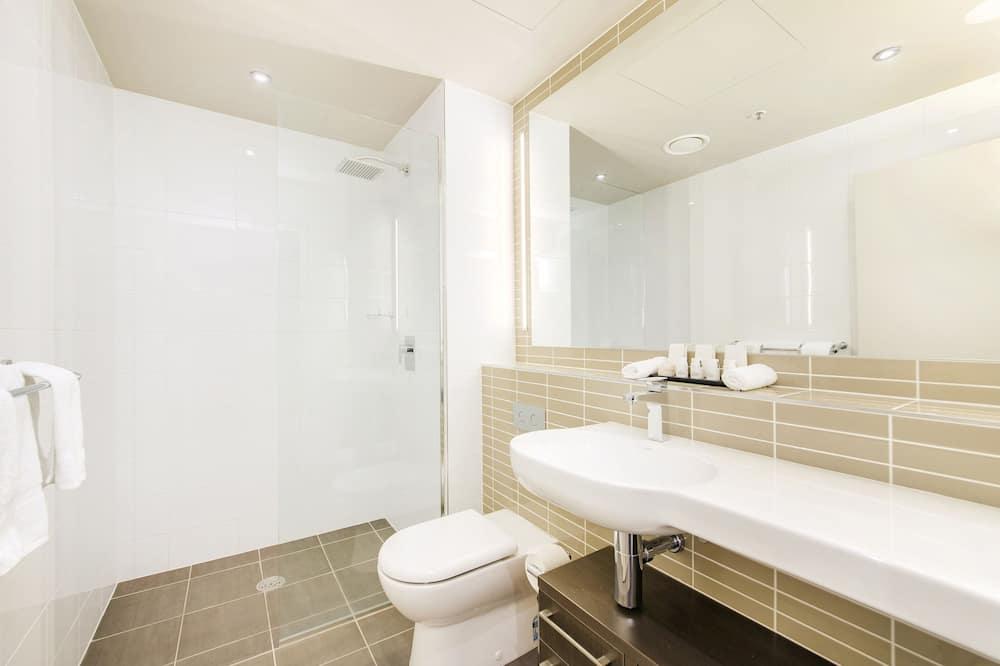 Premium Studio - Bathroom