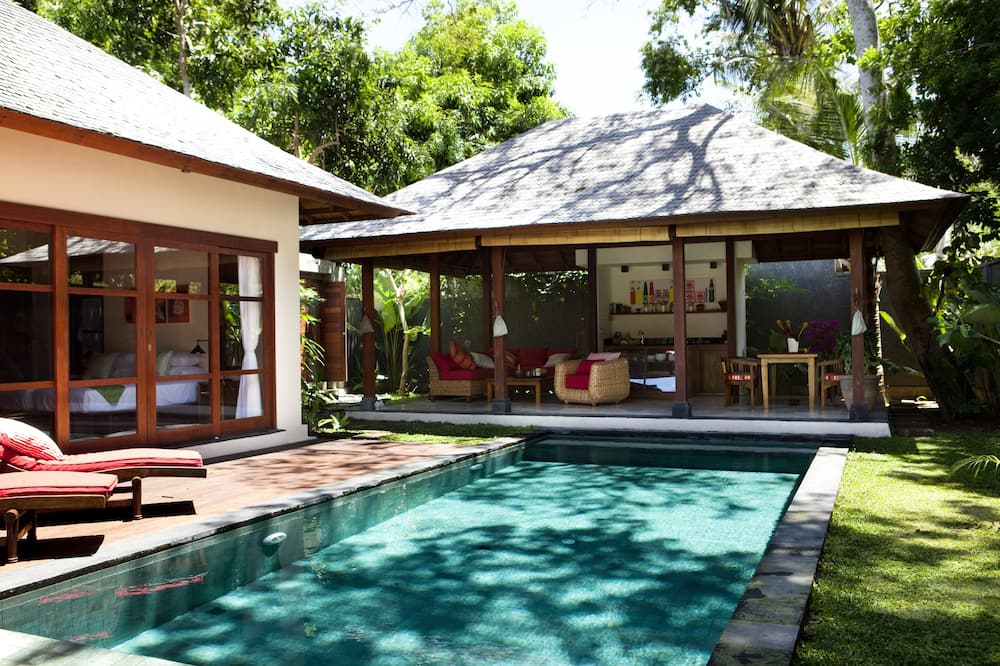 Design-huvila, 2 makuuhuonetta (Godok) - Terassi/patio