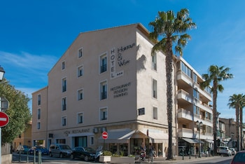 Picture of Hôtel Holidays & Work in Sanary-sur-Mer