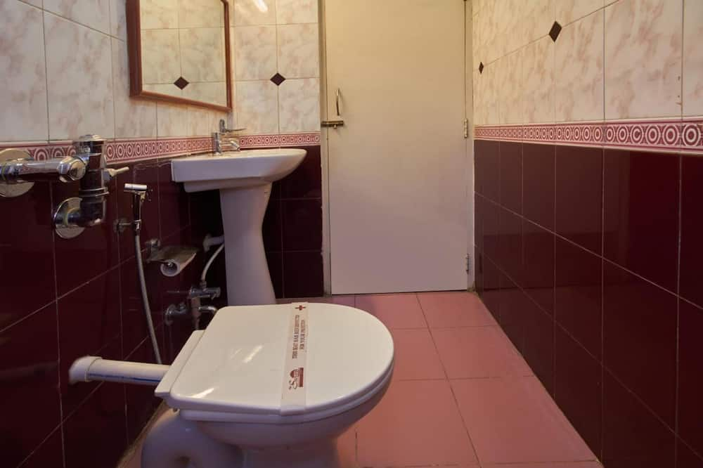 Standartinio tipo kambarys, vaizdas į miestą - Vonios kambarys