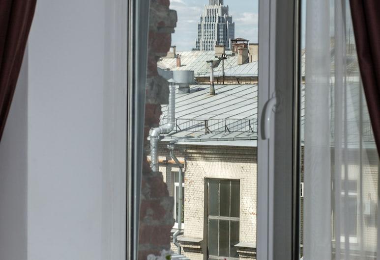 Matreshka Hotel, Moskva, Luxury Suite, 1 King Bed, Refrigerator, Yard View, Útsýni úr herbergi