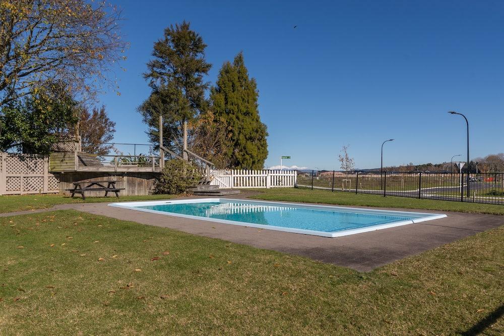 標準客房, 1 張特大雙人床, 非吸煙房 - 私人游泳池