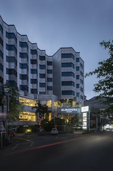 Picture of Almadera Hotel D.H Quality Plaza hotel Makassar in Makassar