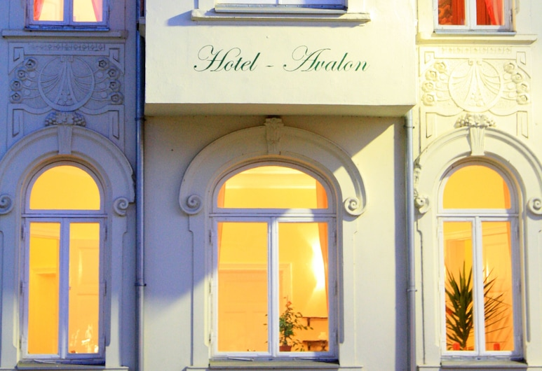 The Avalon Hotel, Schwerin, Phòng Suite phong cách cổ điển, Hiên, Quang cảnh vườn, Phòng