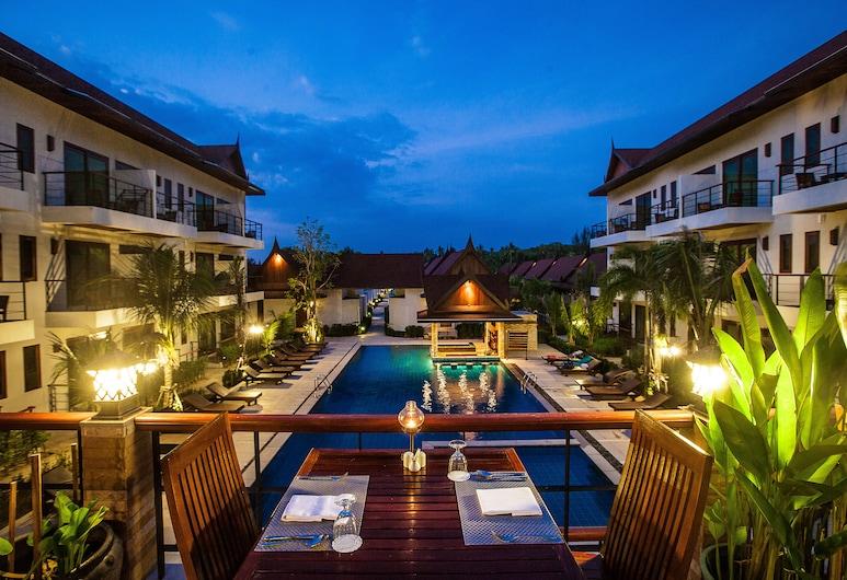 T-Villa, Sa Khu, Restaurant