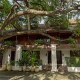 Chompor Lanna Restaurant & Boutique Resort