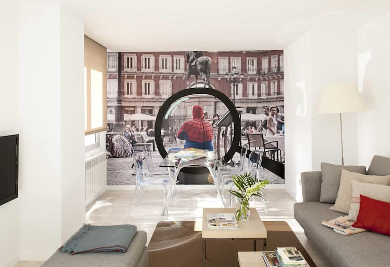 Eric Vökel Boutique Apartments - Atocha Suites, Madrid, Apartment, 1 Bedroom, Terrace, Living Room