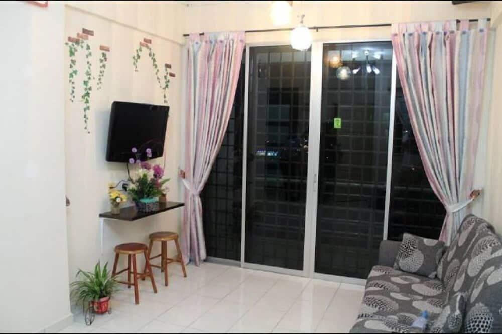 Apartment, 4 Bed Rooms  - Ruang Tamu