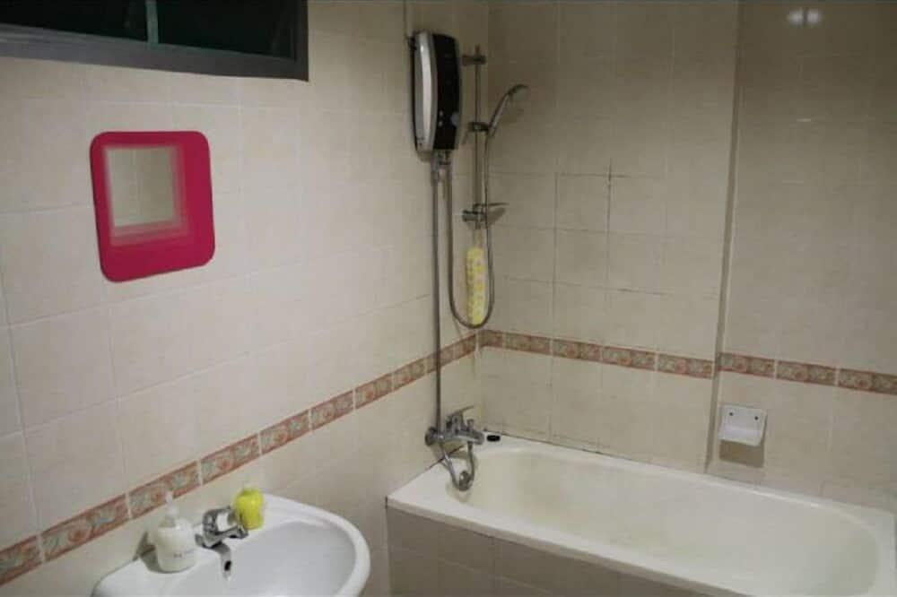 Apartment, 4 Bed Rooms  - Bilik mandi