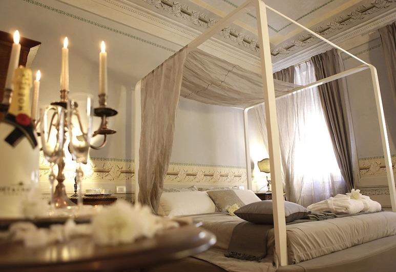 Residenza d'Epoca-B&B Santa Caterina, Pisa, Luxusná dvojlôžková izba, 1 extra veľké dvojlôžko, Hosťovská izba