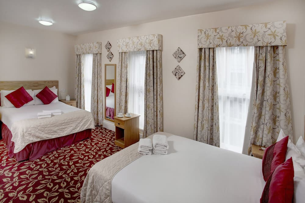Family Room, 2 Double Beds, Non Smoking - Guest Room