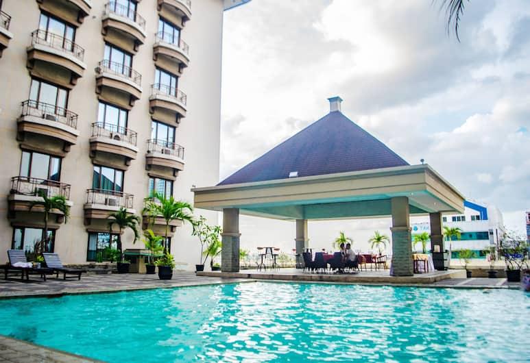 Mega Anggrek Hotel & Convention, Jakarta, Pool