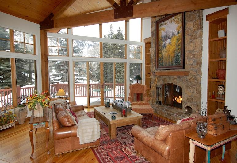 Frias Homes Of Aspen, Aspen